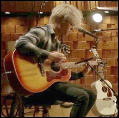 2.j45ONE OK ROCK Toruのギターの種類まとめ!音作りの秘密はここに!