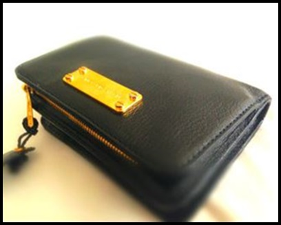 ONE OK ROCK Takaのピアスに腕時計!財布や靴のアクセサリーまとめ、ジェイコブス