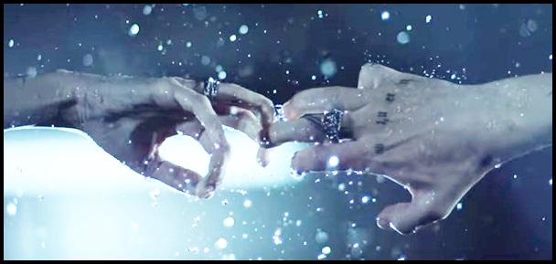離れる手、ONE OK ROCKのCry outの歌詞と和訳!PVに隠された意味がヤバい…