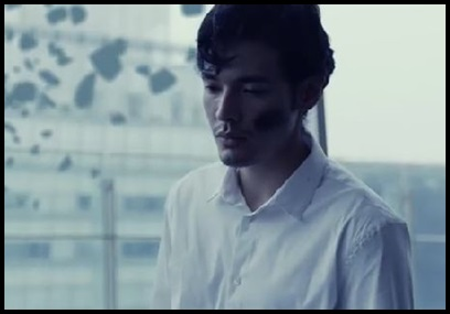 ONE OK ROCK【The Way Back】PVの意味!白マイクや出演者に秘密が?男性登場
