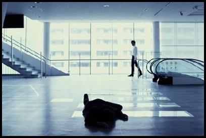 ONE OK ROCK【The Way Back】PVの意味!白マイクや出演者に秘密が?過去?