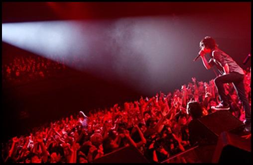 ONE OK ROCKが顔ファン急増でアイドル化?アイドルとバンドの違い!5