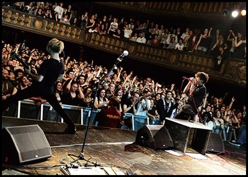 ONE OK ROCKの海外ライブは日本人だらけ?チケットの売上や人気は?1